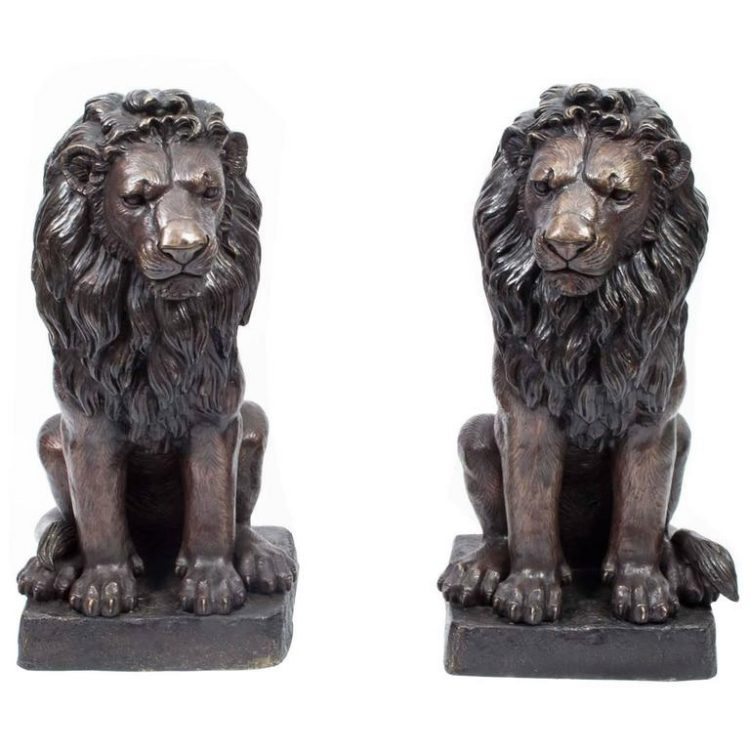 Pair of Antique Hand-Crafted Sitting Bronze Lions Statue for Sale M-201