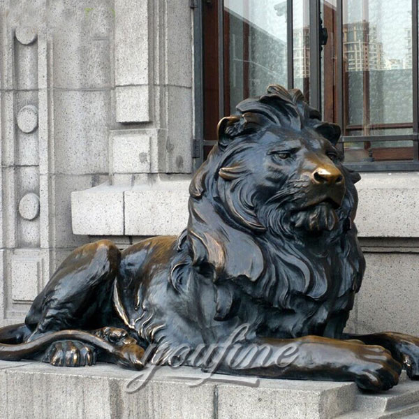 Outdoor Decoration Life Size Antique Bronze Lion Statue M-203