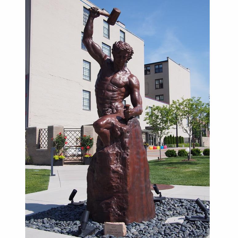 Famous Bronze Self Made Man Statue Bobbie Carlyle Sculpture Replica for Sale-M-02