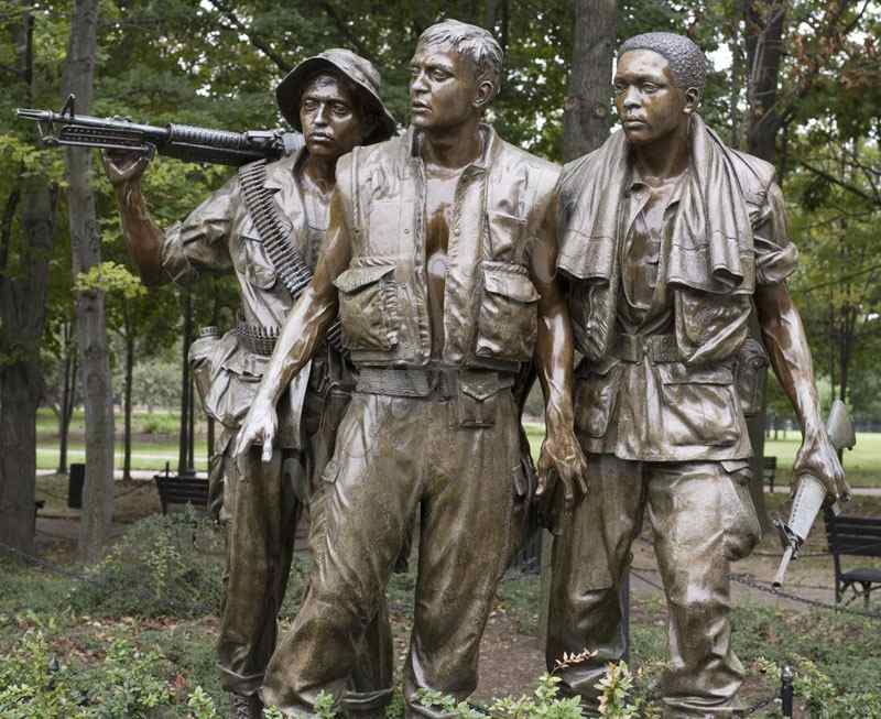Bronze The Three Soldiers Statue