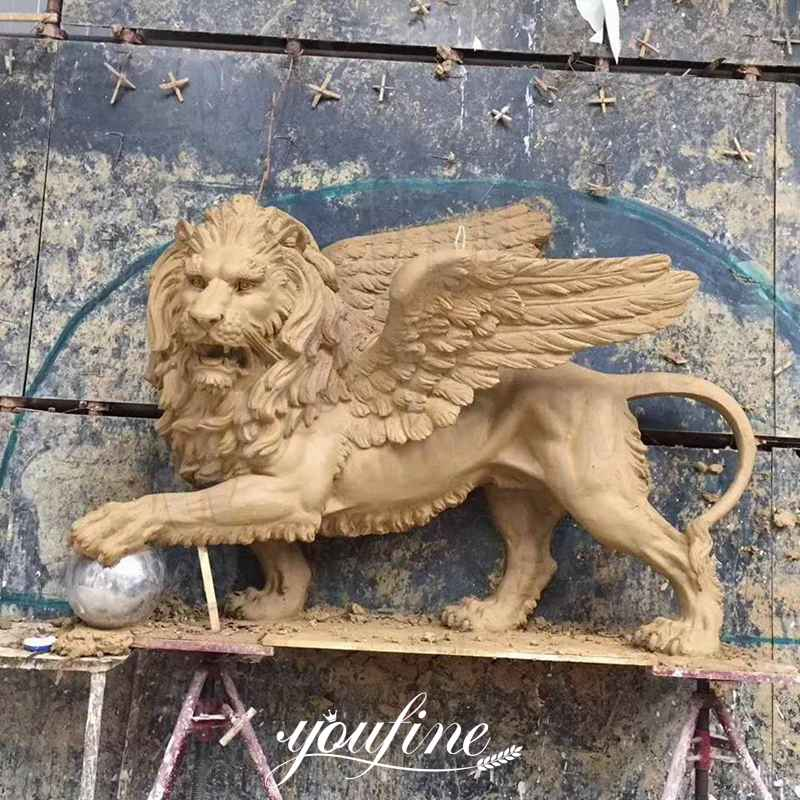 Large Outdoor Winged Lion Statue Flying Lion Lawn Ornaments for Sale BOKK-251 Clay Molds