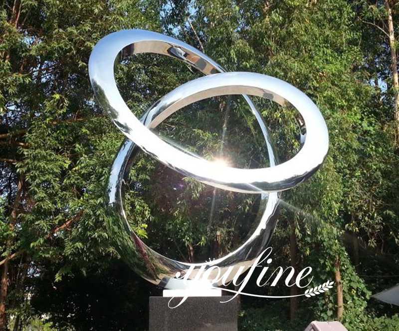 outdoor-sculpture-stainless-steel