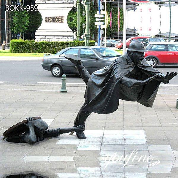 Life-Size Bronze Vaarkapoen Statue Street Decoration for Sale BOKK-959